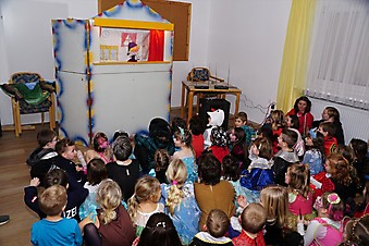 Kinderfasching der Kinderfreunde Steyrdorf mit Magic Hermann